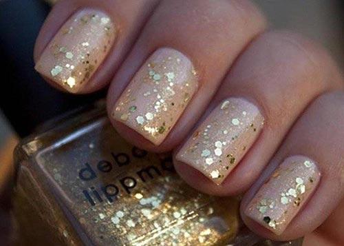 20. Nude Glitter Nails