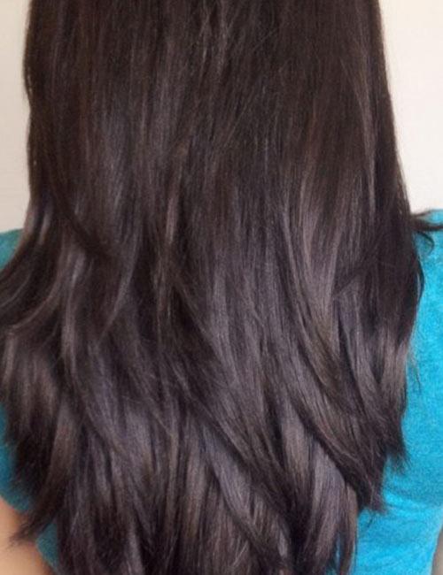 Layered V Cut Medium Hair Front View 35