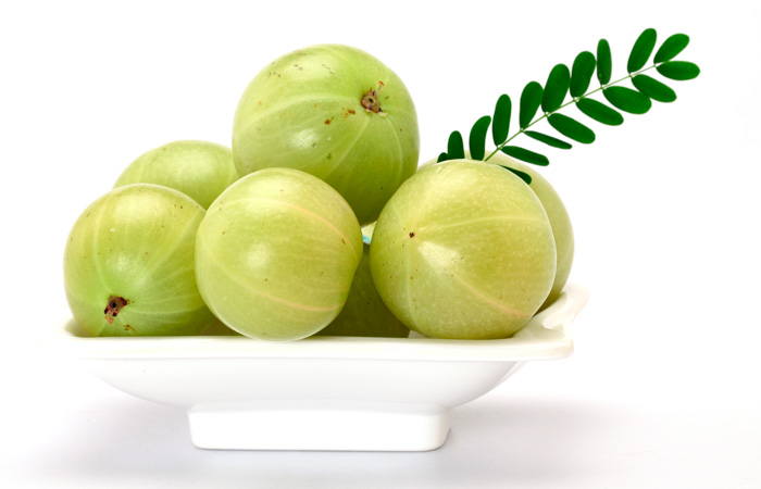 4.-Amla-And-Neem-Pack
