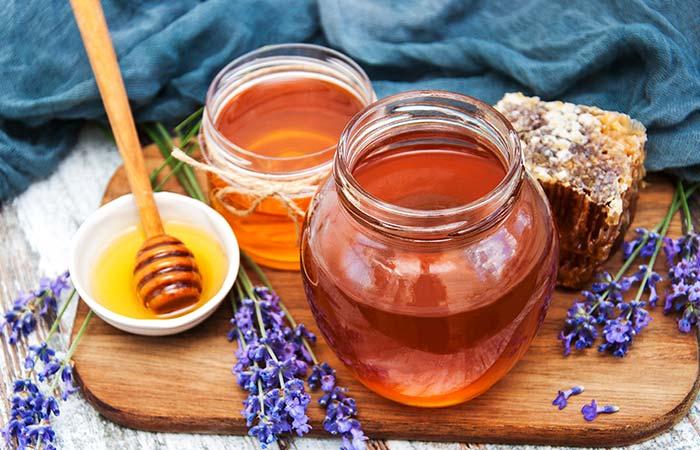 4. Honey For Facial Scars