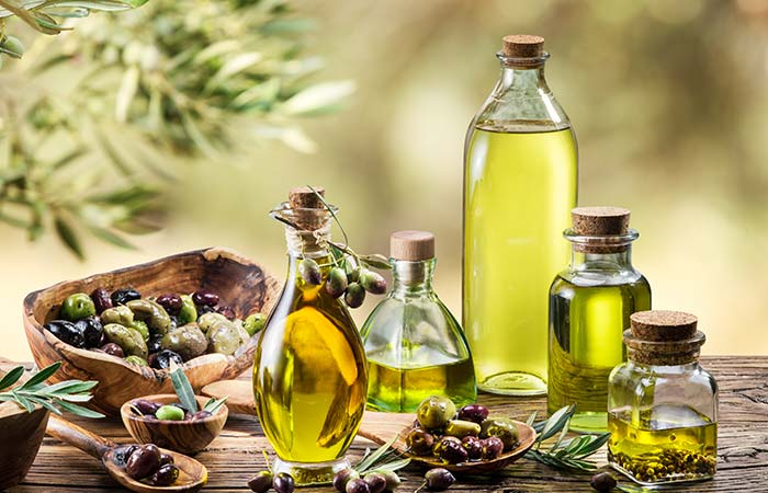 7. Olive Oil And Tea Tree Oil For Facial Scars