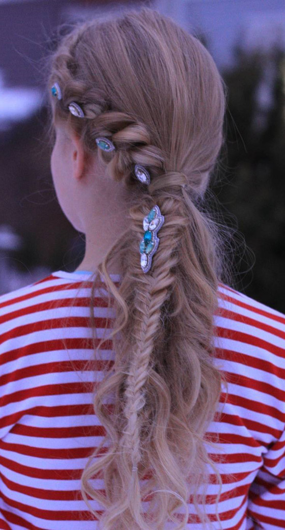 Accented-Dutch-Braid-Ponytail