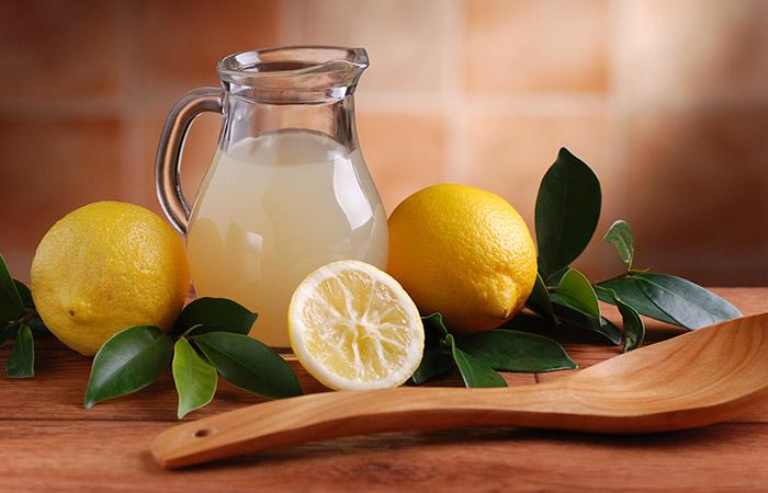 Henna-And-Lemon-Juice-Hair-Pack