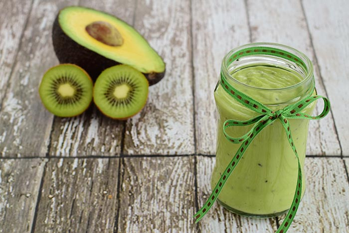 Kiwi And Avocado Face Pack