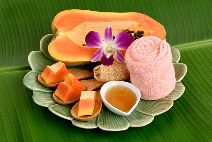 Papaya And Honey Face Pack