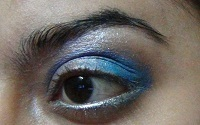 blue eye makeup tutorial5