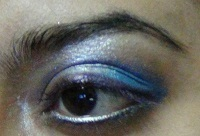 blue eye makeup tutorial7