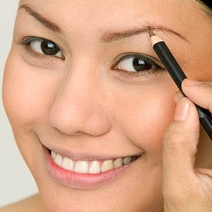 tips to get perfect arched eyebrows for asians