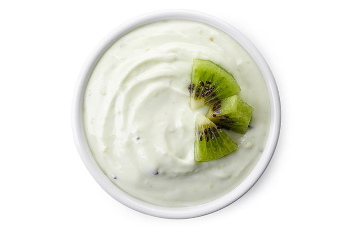 1. Yogurt And Kiwi Face Pack