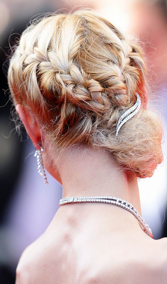 Side-Braid-Bun