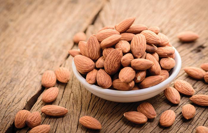 11.-Almond-Face-Pack-For-Dry-Skin