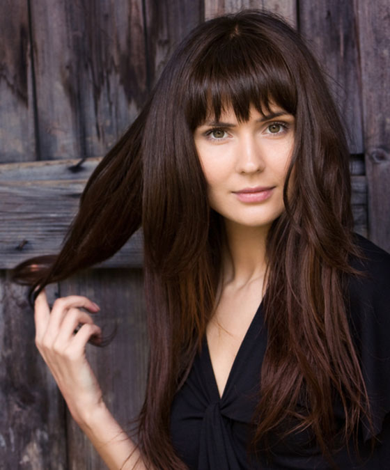 16.-Long-Layers-With-Simple-Straight-Cut-Bangs