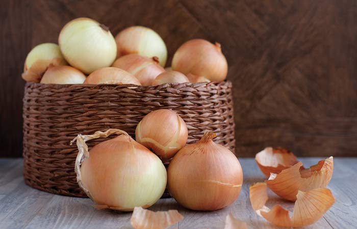 16.-Onion-Mask-For-Dry-Skin