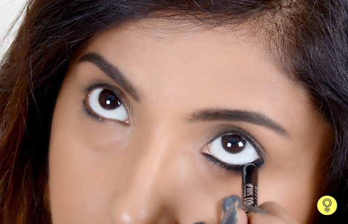 How To Apply Kajal Perfectly? - Step 2: Layer It Up
