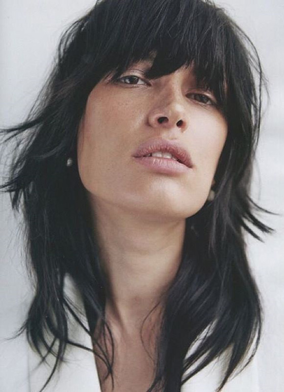 Best Layered Hairstyles With Bangs - Rough And Shaggy Layers And Bangs