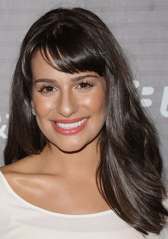 Best Layered Hairstyles With Bangs - Gradually Leveled Layers