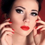 How To Do Makeup For A Round Face Perfectly