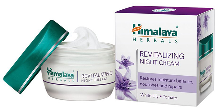 5.-Himalaya-Herbals-Revitalizing-Night-Cream