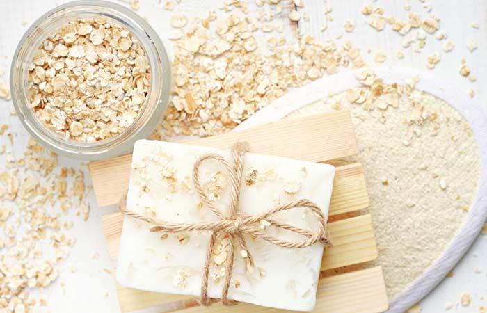6. Oatmeal Body Scrub For Glowing Skin