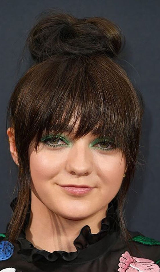 8-Top-Bun-With-Two-Tiered-Bangs