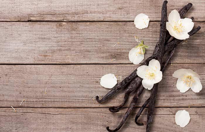 8. Vanilla And Sugar Body Scrub For Glowing Skin