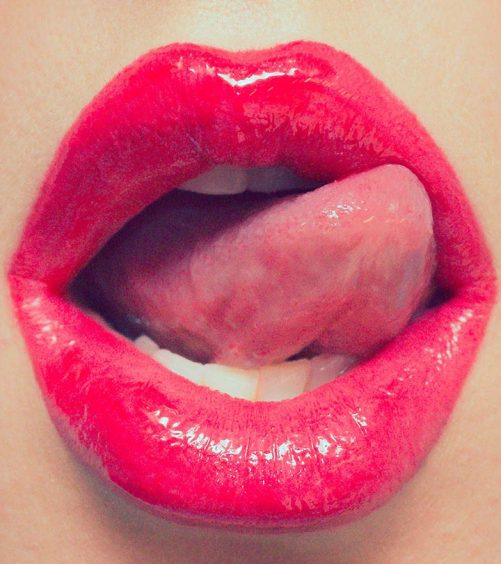 9-Simple-Tips-to-Keep-your-Lips-Beautiful