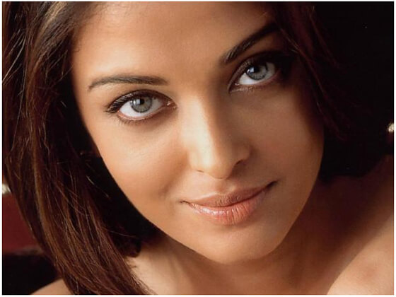 Aishwarya Rai Looks So Beautiful
