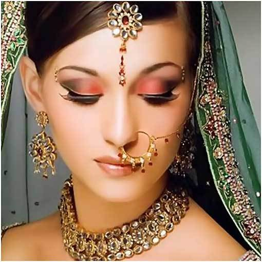 Apply Bridal Eye Makeup Perfectly