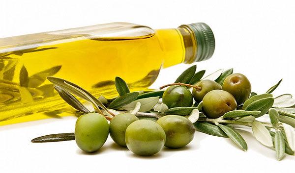 olive oil dandruff care