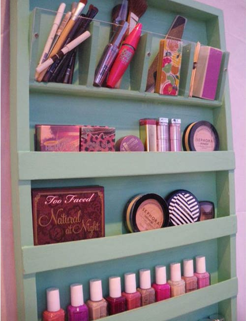 DIY Makeup Organizer And Nail Polish Rack