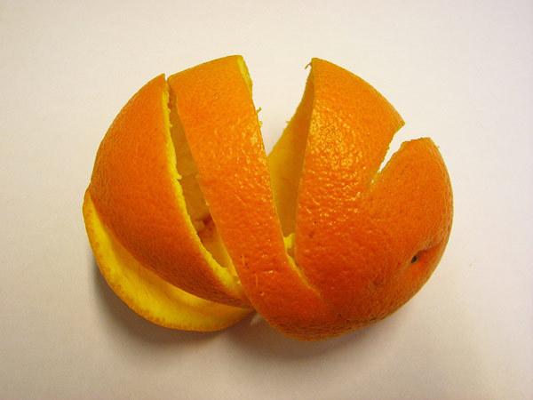 dry orange peel powder