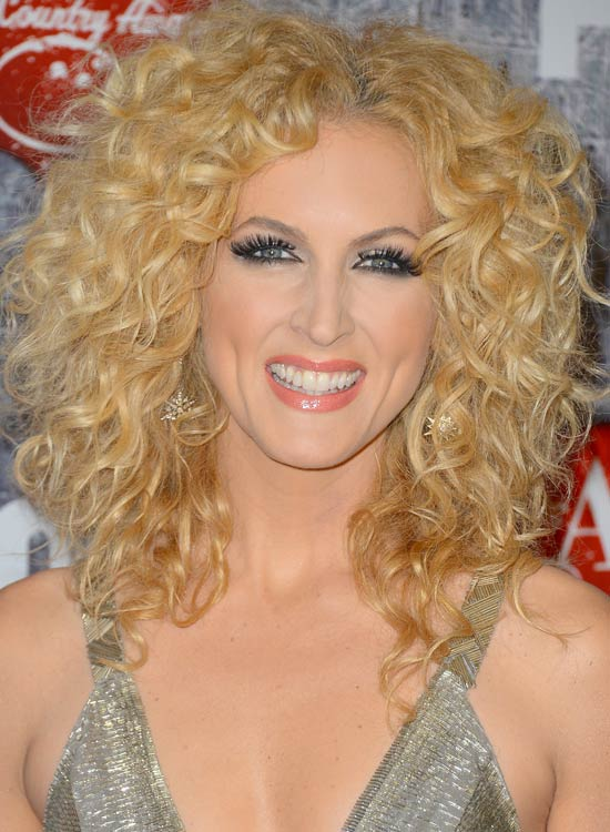 Full-Head-Blonde-Curls-with-Middle-Part