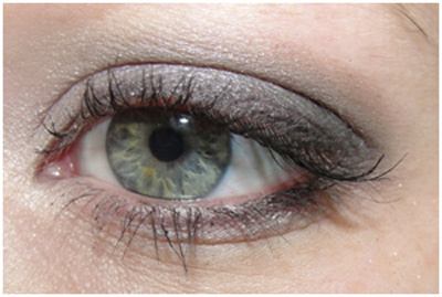 eye linener tips for wide eyes