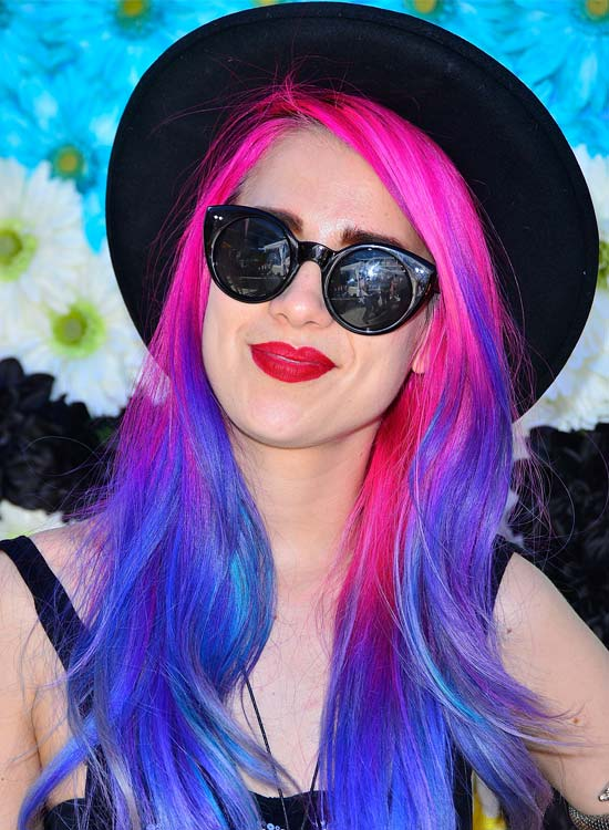 Long-Layered-Waves-with-Blend-of-Pink-and-Blue