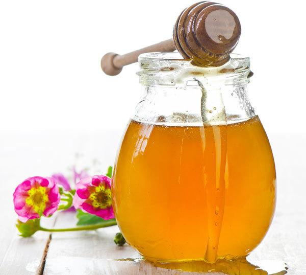 Milk and Honey Paste for dark spots
