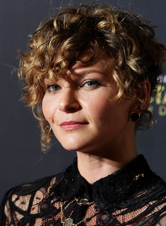 Smart-and-Super-Curly-Pixie-with-Highlights