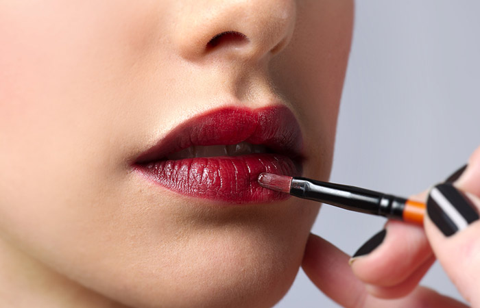 How To Apply Lipstick Perfectly? - Step 4. Apply the Lipstick