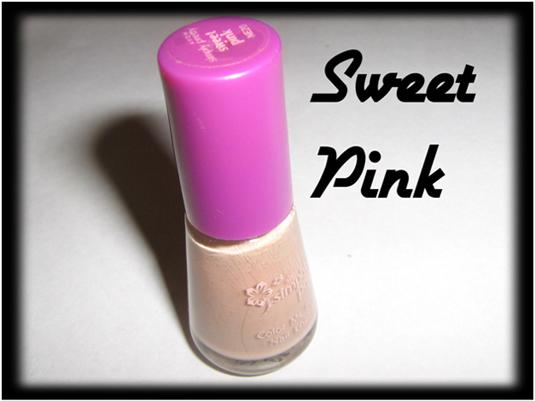 Sweet pink nail art
