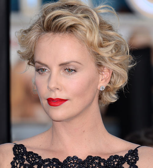 The Ultimate Guide to Short Wavy Hairstyles