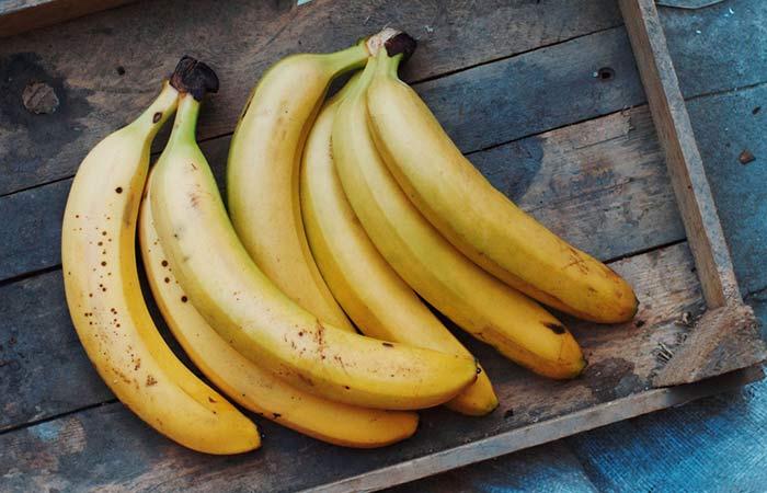 3.-Banana-Face-Pack-For-Tanned-Skin