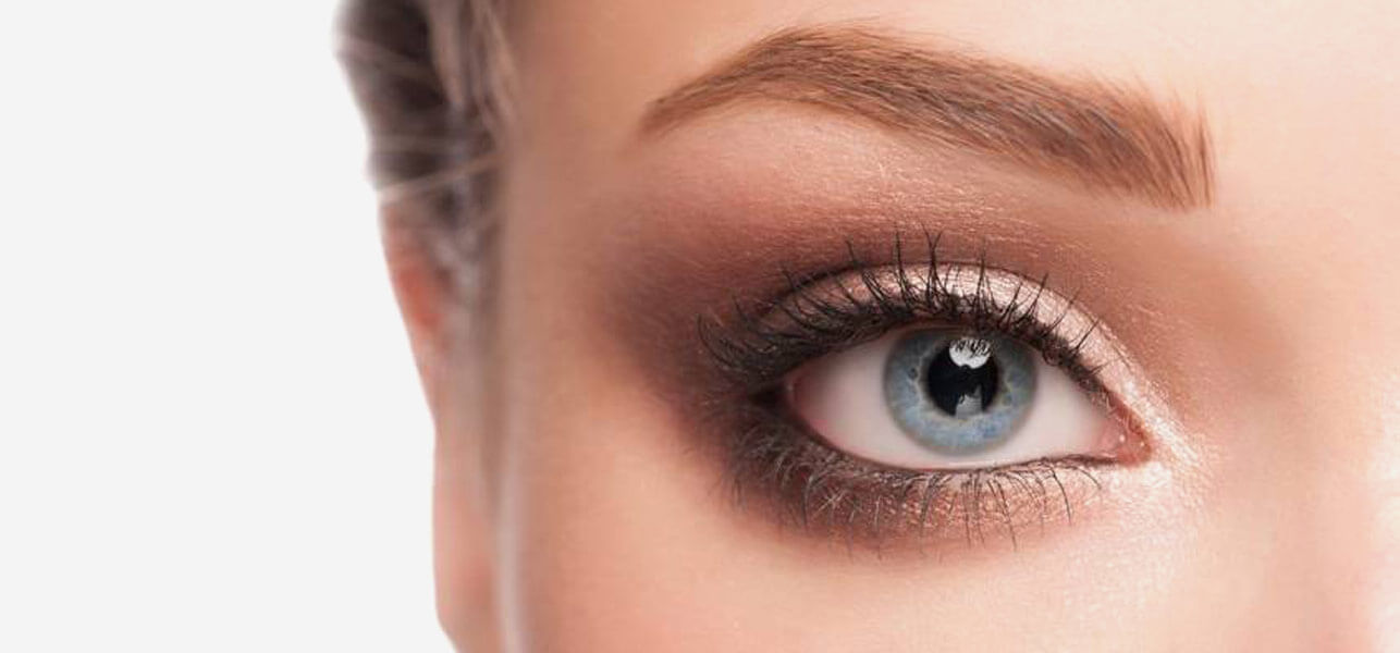 6-Simple-Treatments-For-Dandruff-On-Eye-Lashes-&-Eye-Brows