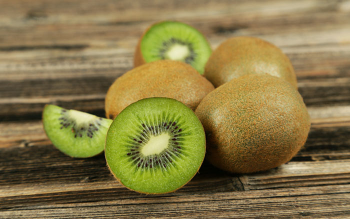 7. Kiwi Fruit For Freckles