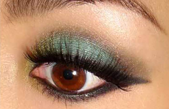 9.-Sultry-Green-Smokey-Eyes