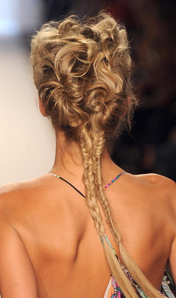 9.Conch-Fishtail-Braided-Pony