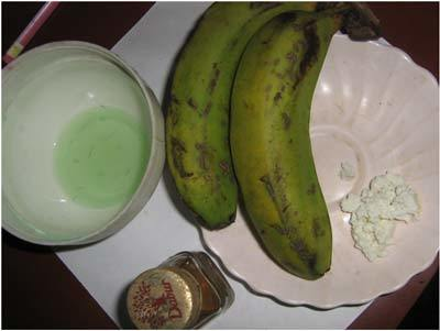 Banana and yogurt face pack
