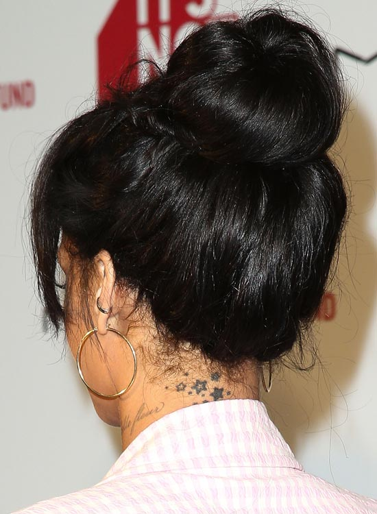 Black-Top-Knot-Bun