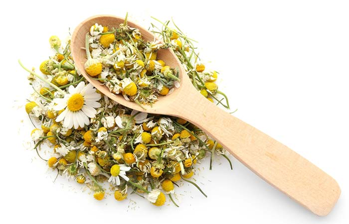 Chamomile And Fuller's Earth - Ayurvedic Beauty Tips