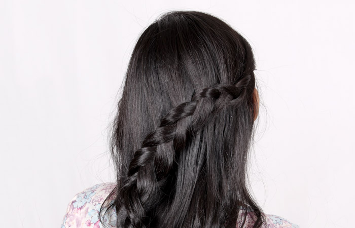 Dutch braid looks best