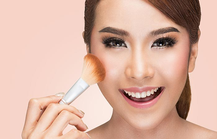 How To Apply Liquid Foundation - How To Use Foundation Brush