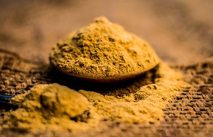 Fuller's Earth Or Multani Mitti Face Pack